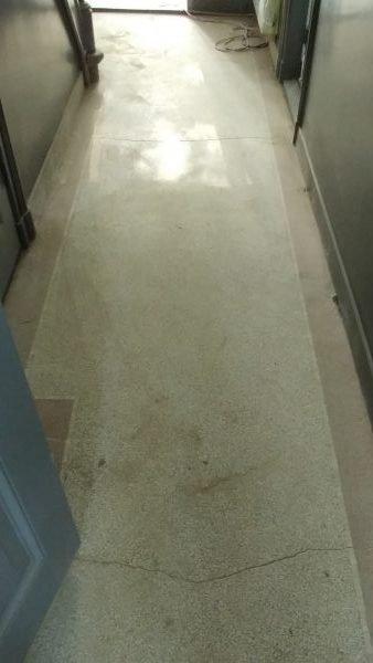 Granito gangvloer voor renovatie